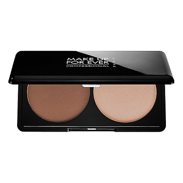 MAKE UP FOR EVER sculpting kit 2 neutral light - A compact powder duo that lets you highlight and contour...
