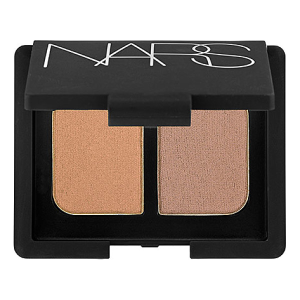 NARS duo eyeshadow kalahari 0.14 oz/ 4 g - A mini mirrored compact featuring two crease-proof NARS eye...