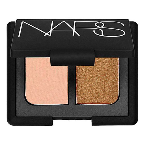 NARS duo eyeshadow key largo 0.14 oz/ 4 g - A mini mirrored compact featuring two crease-proof NARS eye...