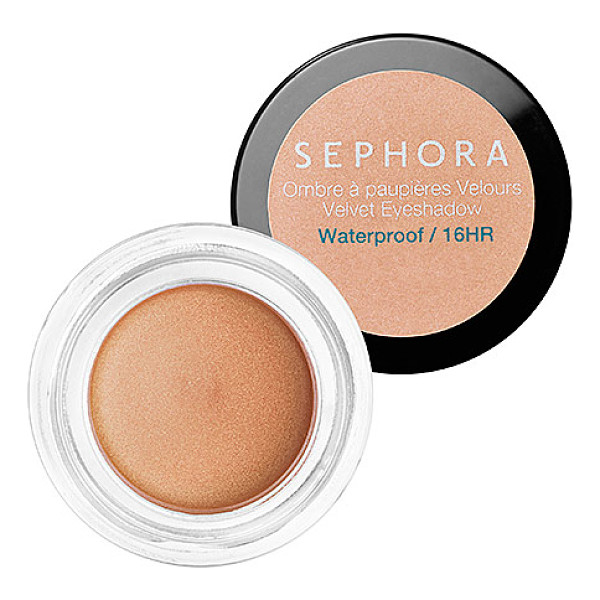 SEPHORA COLLECTION velvet eyeshadow n 03 - A creamy, waterproof eye color. This velvety, long-wearing...