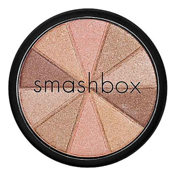 SMASHBOX fusion soft lights baked starburst - A disc of five baked, glimmering shades to bring a soft...