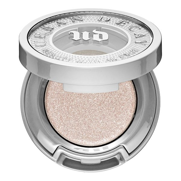 URBAN DECAY Moondust Eyeshadow Cosmic - A sparkly eyeshadow with a refined and sophisticated feel....