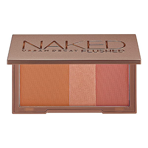 URBAN DECAY Naked Flushed Palette Naked - A silky bronzer, highlighter, and blush in a sleek,...