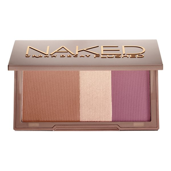 URBAN DECAY Naked Flushed Palette Sesso - A silky bronzer, highlighter, and blush in a sleek,...