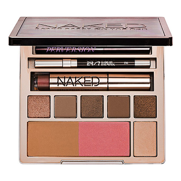 URBAN DECAY naked on the run - A limited-edition, all-in-one travel palette loaded with...