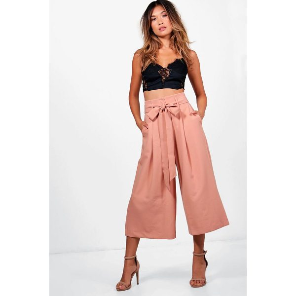 BOOHOO Amelie Pleated Waist Wide Leg Culottes - Smoke out the competition in a pair of culottes. An...