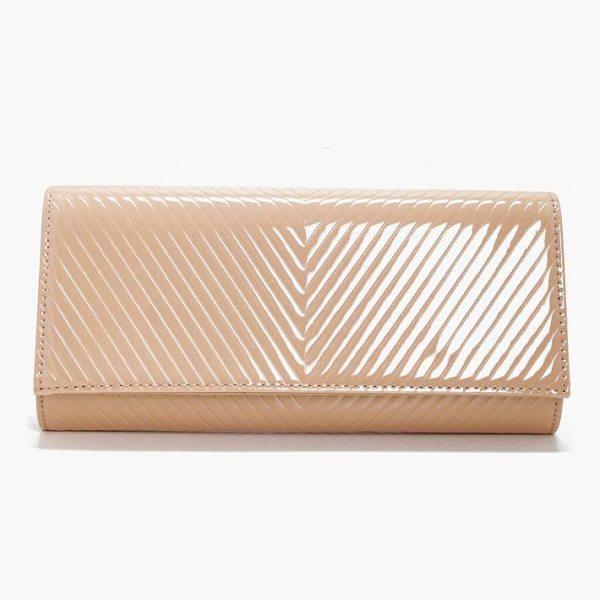 BOOHOO Amy Patent Quilted Clutch - Add attitude with accessories for those fashion-forward...