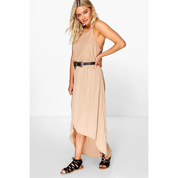 BOOHOO Arabella Pleated Maxi Dipped Hem Dress - Pared back day dresses are the perfect base for layering up...