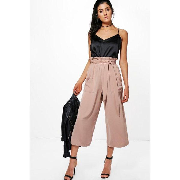 BOOHOO Avianna Paperbag Waist Pocket Side Culottes - Trousers are a more sophisticated alternative to...