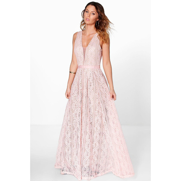 BOOHOO Boutique Ali All Lace Plunge Neck Maxi Dress - Dresses are the most-wanted wardrobe item for day-to-night...