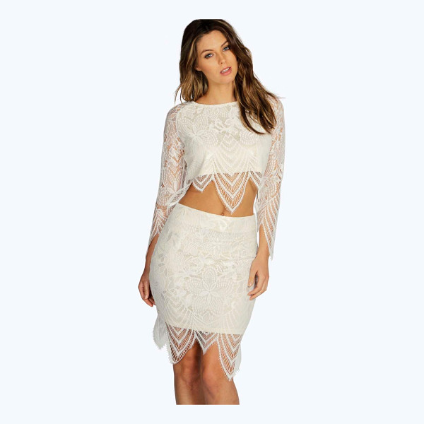 BOOHOO Boutique Bettina Premium Contrast Lace Skirt - Party with your pins out in a statement evening skirtSteal...