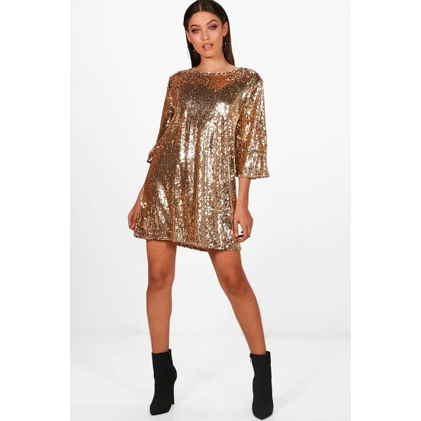 BOOHOO Boutique Emma Sequin Wide Pleat Shift Dress - Dresses are the most-wanted wardrobe item for day-to-night...
