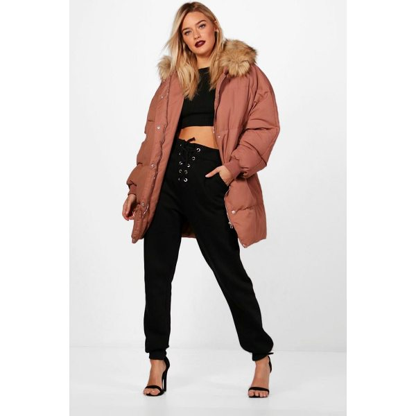 BOOHOO Eleanor Boutique Padded Coat With Faux Fur Trim - Wrap up in the latest coats and jackets and get out-there...