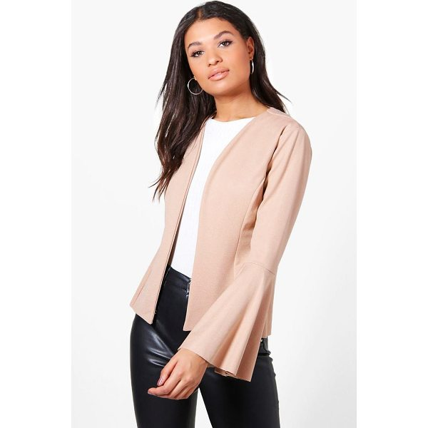 BOOHOO Isabella Flare Sleeve Collarless Blazer - Wrap up in the latest coats and jackets and get out-there...