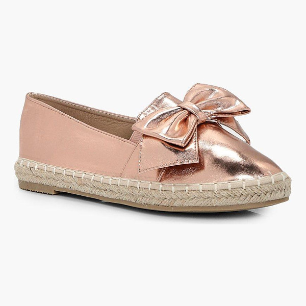 BOOHOO Isla Bow Trim Espadrille - We'll make sure your shoes keep you one stylish step ahead...