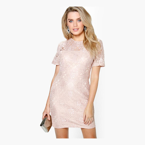 BOOHOO Ivy All Over Lace Shift Dress - Dresses are the most-wanted wardrobe item for day-to-night...