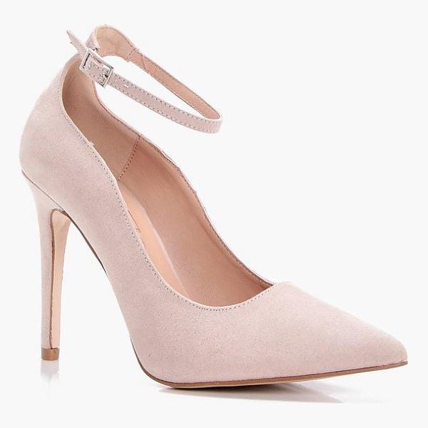 BOOHOO Jade Pointed Toe Ankle Band Court - We'll make sure your shoes keep you one stylish step ahead...