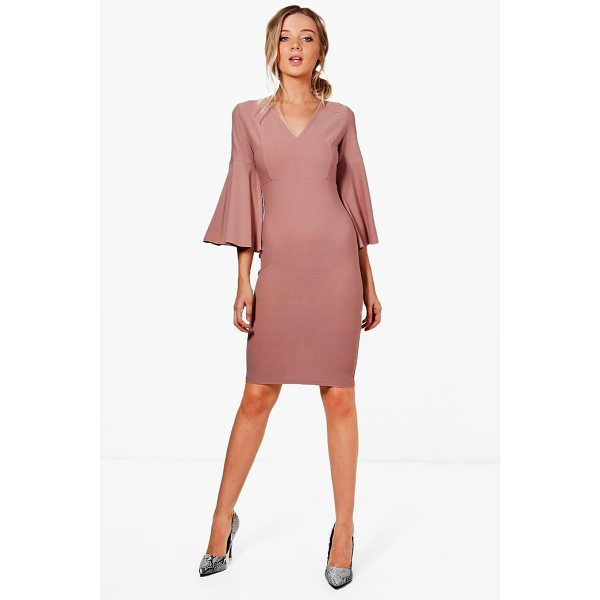 BOOHOO Jennifer Flare Sleeve Fitted Midi Dress - Dresses are the most-wanted wardrobe item for day-to-night...