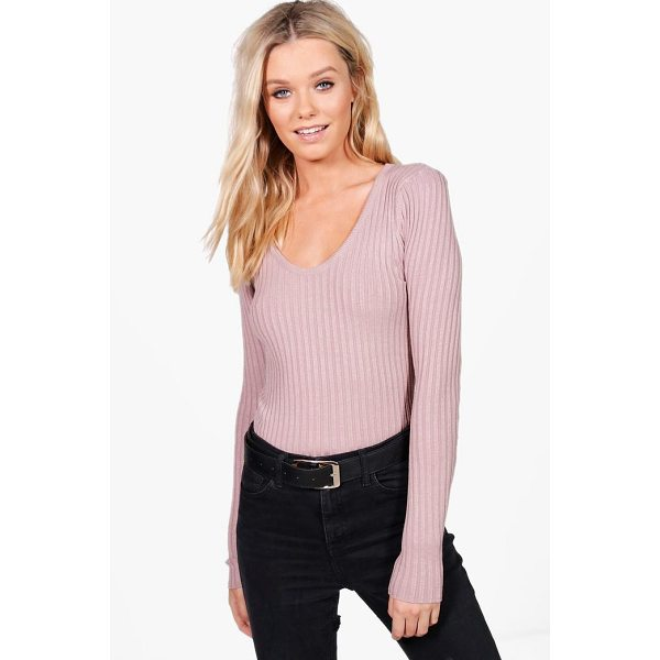 BOOHOO Julia Fine Ribbed V-Neck Jumper - Nail new season knitwear in the jumpers and cardigans that...