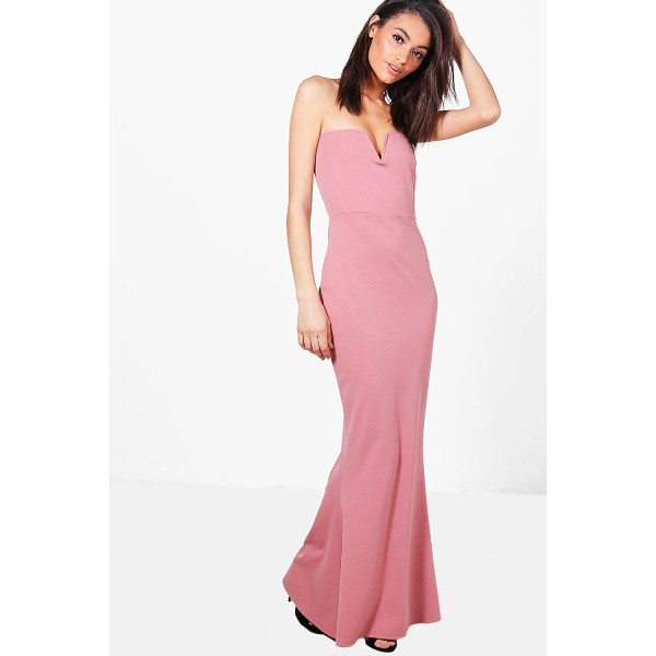 BOOHOO Katie Bandeau Plunge Fishtail Maxi Dress - Dresses are the most-wanted wardrobe item for day-to-night...
