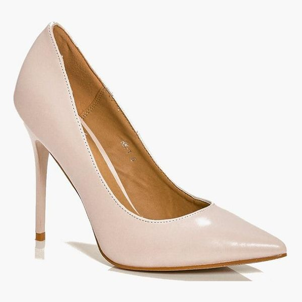 BOOHOO Lucy Pointed Glitter Sole Court - We'll make sure your shoes keep you one stylish step ahead...