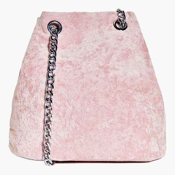 BOOHOO Maria Crushed Velvet Chain Cross Body Bag - Add attitude with accessories for those fashion-forward...