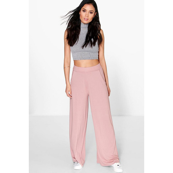 BOOHOO Matilda Pocket Side Wide Leg Trousers - Trousers are a more sophisticated alternative to...