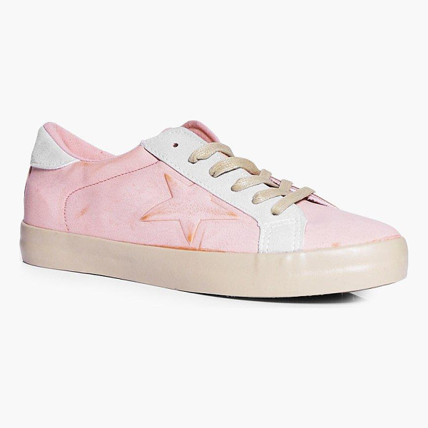 BOOHOO Phoebe Lace Up Star Contrast Trainer - We'll make sure your shoes keep you one stylish step ahead...