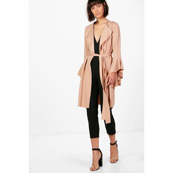BOOHOO Rhyla Flute Sleeve Belted Duster - Wrap up in the latest coats and jackets and get out-there...