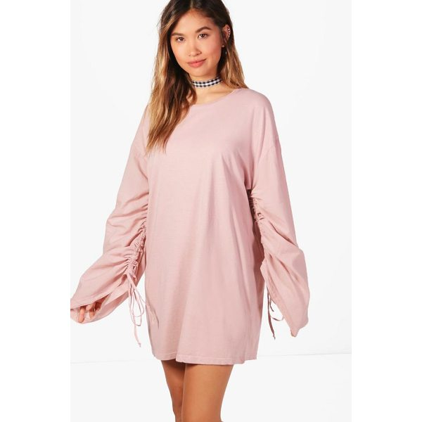 BOOHOO Sal Lace Up Ruched Sleeve Shift Dress - Dresses are the most-wanted wardrobe item for day-to-night...