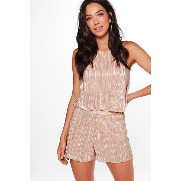 BOOHOO Simonne Pleated Swing Top & Shorts Co-Ord Set - Co-ordinates are the quick way to quirky this seasonMake...