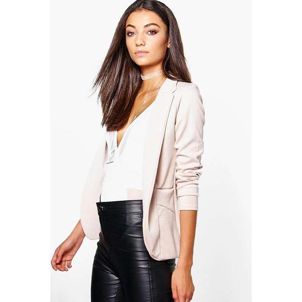 BOOHOO Tall Cesia Pocket Blazer - Wrap up in the latest coats and jackets and get out-there...