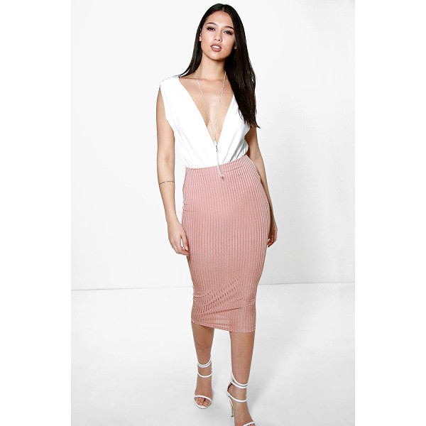 BOOHOO Willow Slinky Rib Midi Skirt - Party with your pins out in a statement evening skirtSteal...