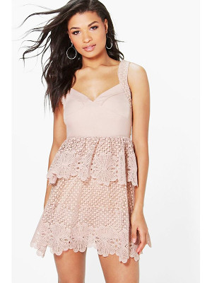 Boohoo Boutique Corded Lace Panel Detail Peplum Dress