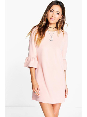BOOHOO Casey Ruffle Sleeve Shift Dress