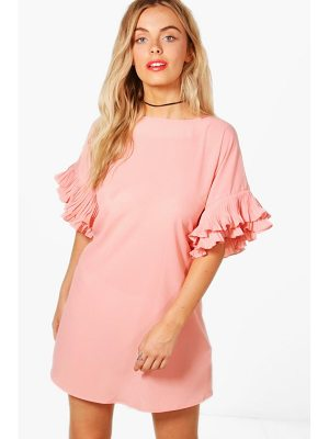 BOOHOO Daisy Ruffle Sleeve Shift Dress