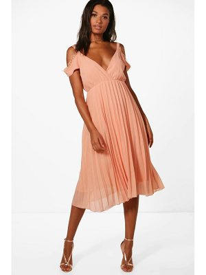 BOOHOO Mia Chiffon Lace Trim Cold Shoulder Pleated Skater