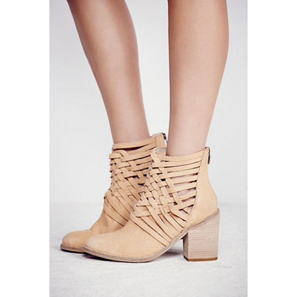 FP COLLECTION Carrera heel boot - Washed leather block heel boots with basket-weave detailing...