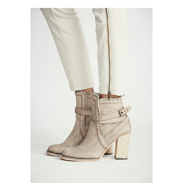FP COLLECTION Heirloom heel boot - Rounded toe leather ankle boot featuring leather trim and...