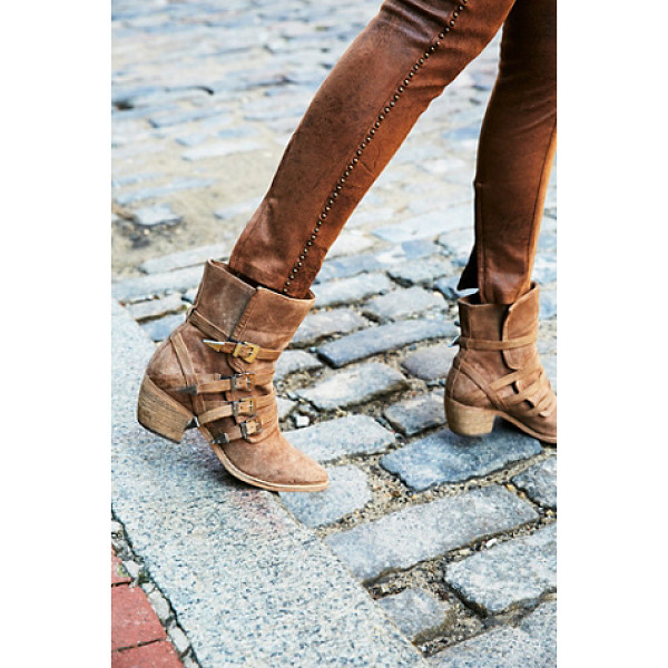 FP COLLECTION Mason western boot - Western-inspired suede boots featuring multiple adjustable...