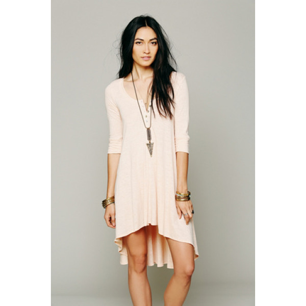 FREE PEOPLE Drippy jersey dress - Marled jersey knit oversized high-low tee. Button detailing...