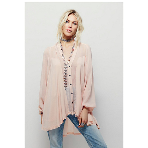FREE PEOPLE Julia blouse - Oversized billowy blouse with a high low hem and buttondown...