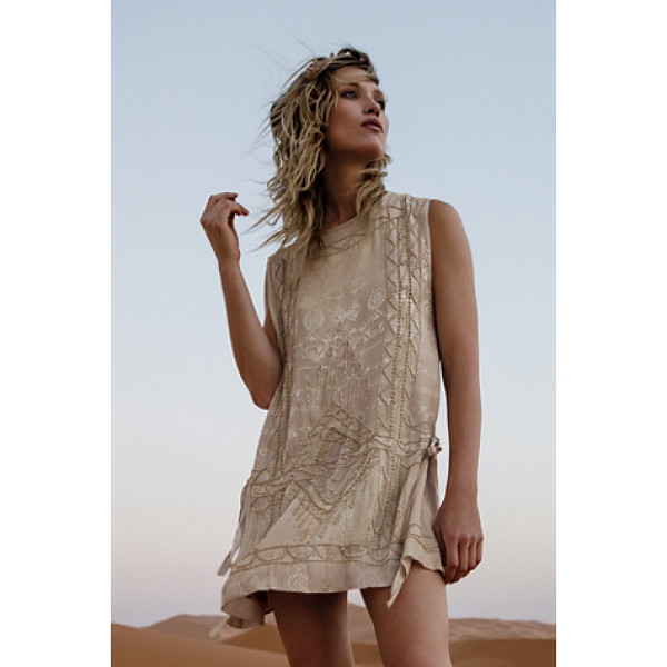 FREE PEOPLE Love story mini dress - Featuring a tonal print this sleeveless mini dress has...