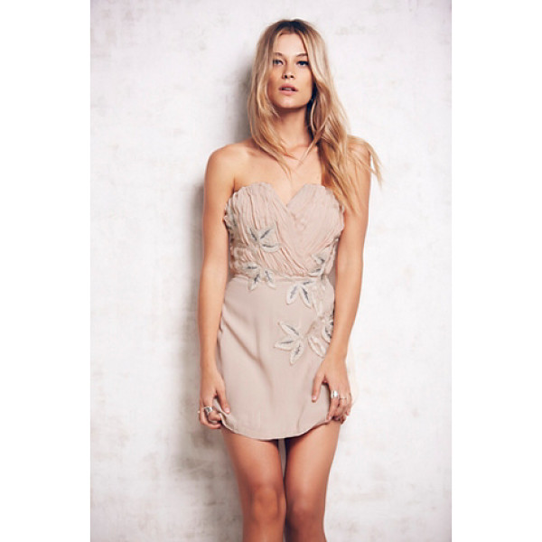 FREE PEOPLE Shadow floral dress - Strapless chiffon mini dress with a pleated structured...
