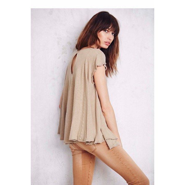 WE THE FREE Wtf sylvie tee - Washed circle-shaped tee in an oversized spacious fit....