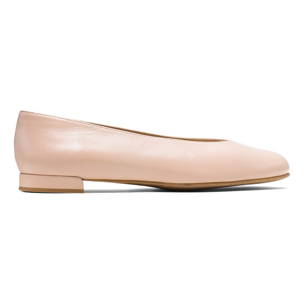 STUART WEITZMAN Chicflat - Ultra-minimalist flats are back. Inspired by the iconic...