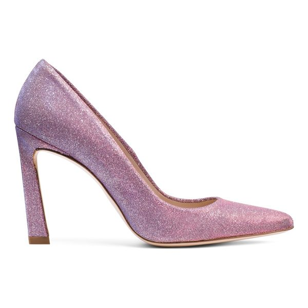 STUART WEITZMAN Chicster - A sexy spin on classic pumps, the CHICSTER stands out. The...