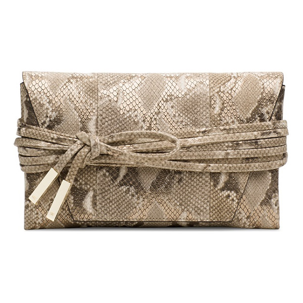 STUART WEITZMAN Petiteblacktie - The PETITEBLACKTIE envelope clutch is available in our...