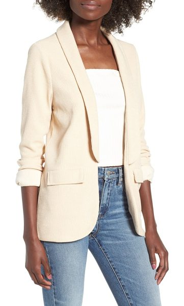 4SI3NNA soft blazer in beige - Fluid lapels accentuate the soft, elongated silhouette...