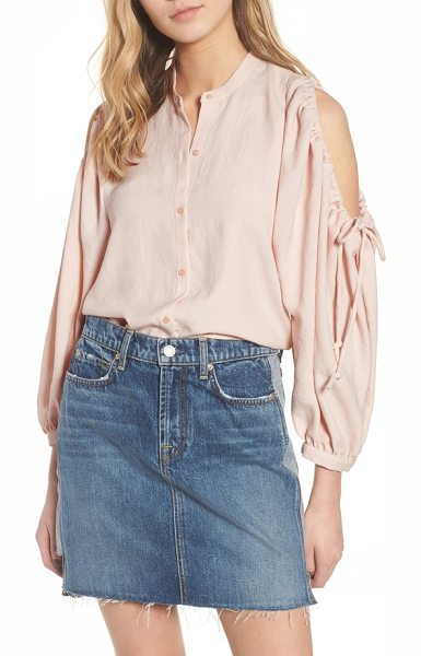 7 FOR ALL MANKIND 7 for all mankind cold shoulder top in pink sunrise - A classic menswear staple is updated for the modern-day...